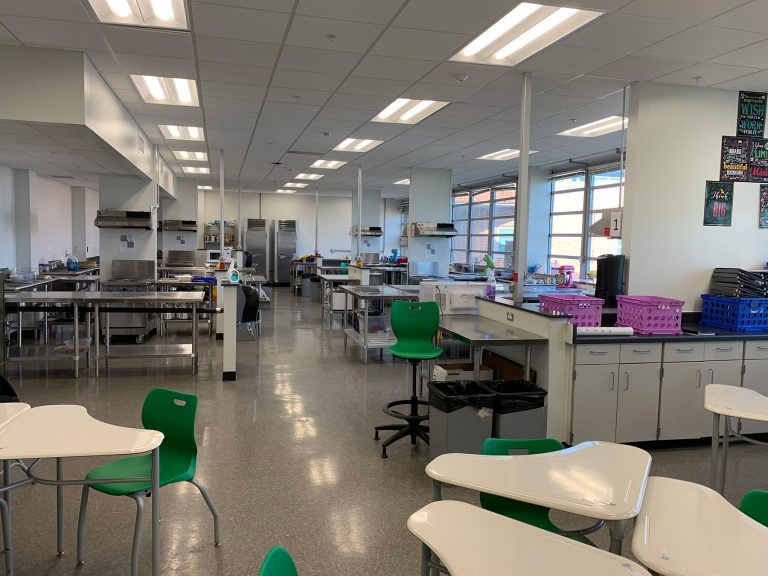 Des Moines family and consumer science classroom with food preparation stations